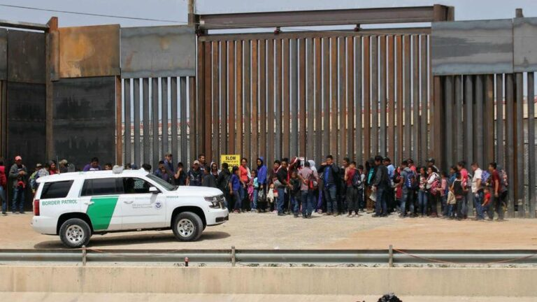 Horowitz: The federal government has forfeited all power over immigration enforcement